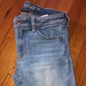 American Eagle Jeans! No rips very basic